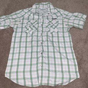 Columbia PFG Short Sleeve Pearl Snap Vented M